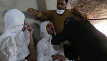 Victims of a suspected gas attack receive treatment, in the town of Khan Sheikhoun in rebel-held Idlib, Syria April 4 (Reuters/Ammar Abdullah)
